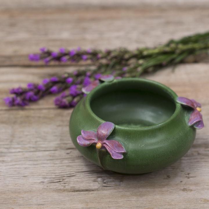 I07-LG Petite Violet Bowl-01